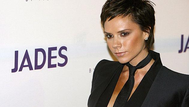 Nicht nur mit ihrer Mode, sondern auch mit ihren Frisuren setzte Victoria immer wieder neue Trends. (Bild: DAVID EBENER/EPA/picturedesk.com)
