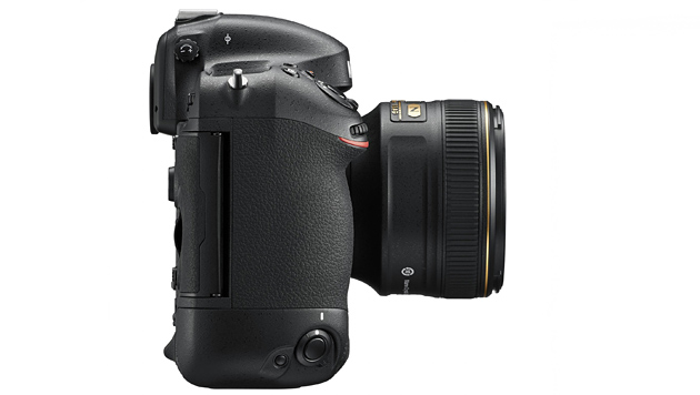 Ein Biest von einer Kamera: Nikons D4S im Test (Bild: Nikon)