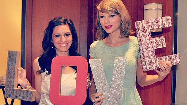 Taylor Swift überraschte Fan bei dessen Brautparty (Bild: instagram.com)