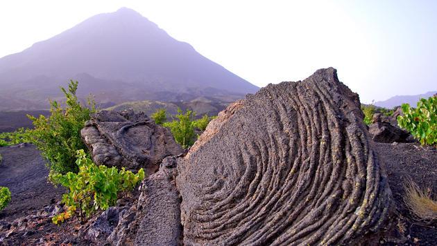 Bunte Inseln und herrliche Strände vor Kap Verde (Bild: flickr.com/F. H. Mira)