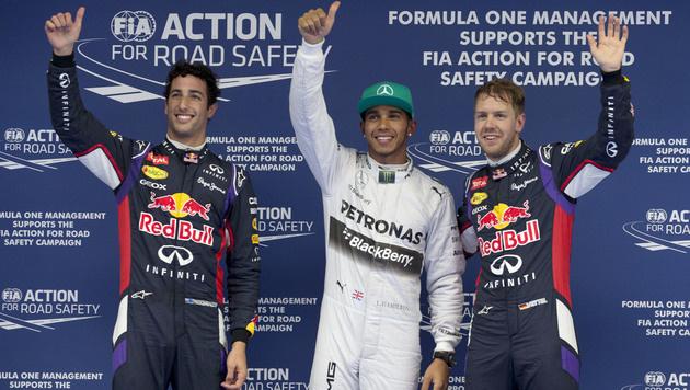 Hamilton rast in Shanghai überlegen zur Pole (Bild: AP)