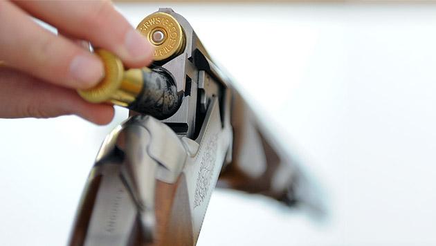 Steirerin (18) schießt mit Schrotflinte auf Bruder (Bild: APA/HERBERT NEUBAUER (Symbolbild))