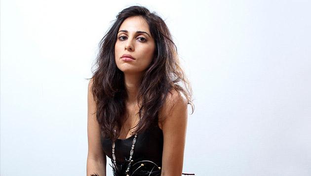Yasmine Hamdan: Musik ist die wahre Heimat (Bild: Nasim Afar)