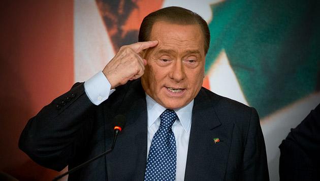 Berlusconi will nach Milan-Verkauf weiter mitreden (Bild: AP, krone.at-Grafik)