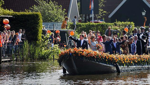 Niederlande feierten ihren ersten Königstag (Bild: APA/EPA/REMKO DE WAAL)