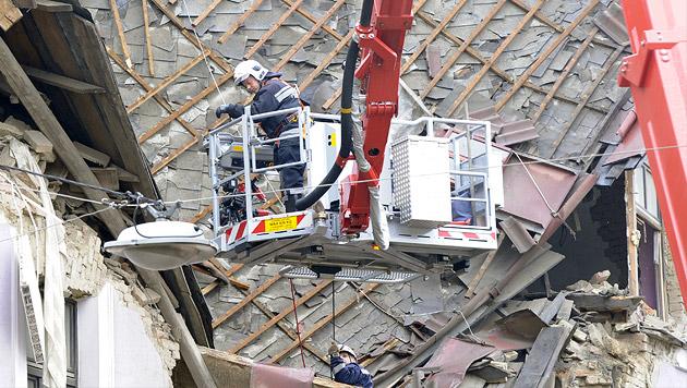 Wien: Aus Liebeskummer Haus in die Luft gesprengt (Bild: APA/HERBERT P. OCZERET)