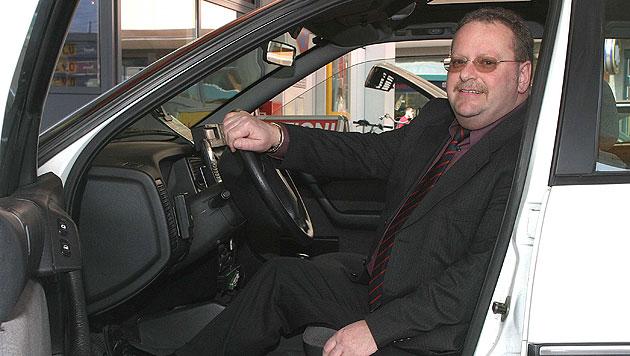 Taxiunternehmer Peter Tutschku fordert einmal mehr Kameras. (Bild: Markus Tschepp)