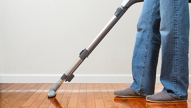 Tipps für die richtige Bodenpflege (Bild: thinkstockphotos.de)