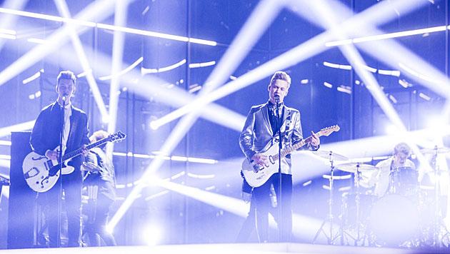 """Softengine treten mit """"Something Better"""" für Finnland beim Song Contest an. (Bild: APA/EPA/NIKOLAI LINARES)"""