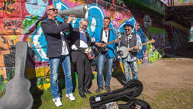 Humus bieten frischen Zugang zur Dialektmusik (Bild: Humus)