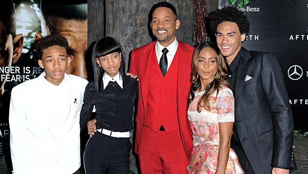 Jaden und Willow mit ihren Eltern Will Smith und Jada Pinkett Smith sowie Halbbrunder Trey Smith. (Bild: EPA)