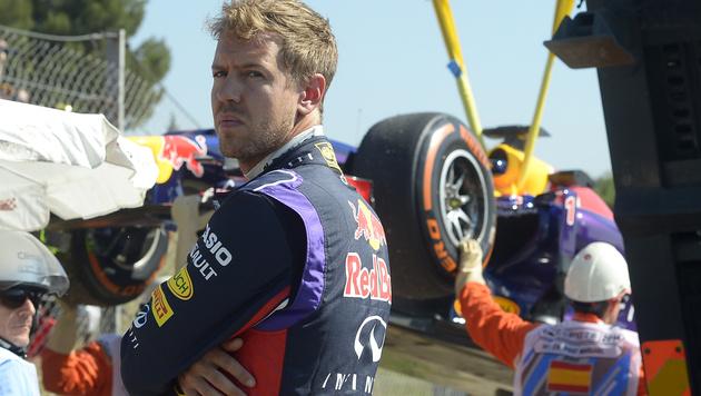 Auto kaputt - kein zweites Training für Vettel (Bild: AP)