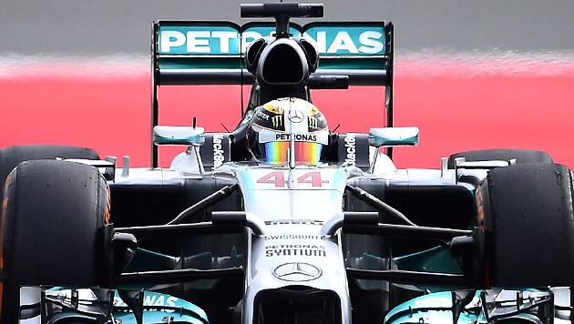 Hamilton sichert sich vor Rosberg Poleposition (Bild: AP)