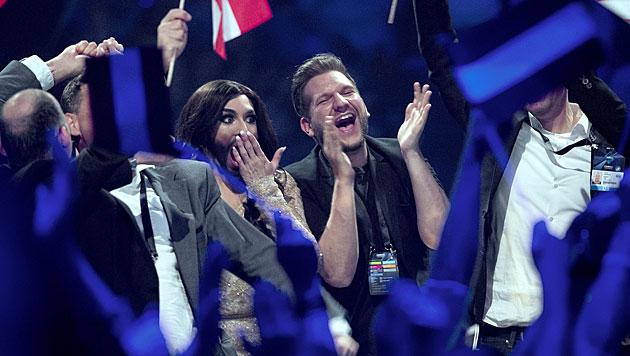 Sie konnte es einfach nicht fassen, es ist aber wahr: Conchita Wurst siegt im Song Contest. (Bild: APA/EPA/KELD NAVNTOFT)