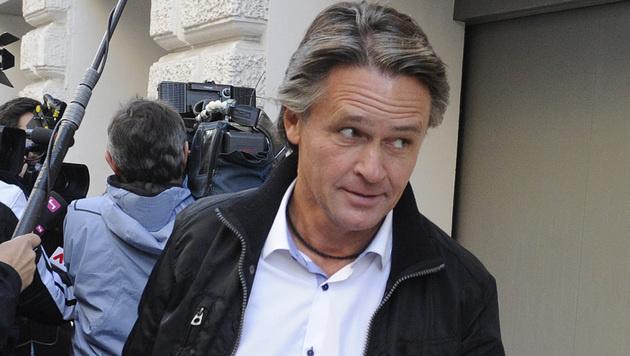 Betrug: Westenthaler muss im Oktober vor Gericht (Bild: APA/HERBERT PFARRHOFER)