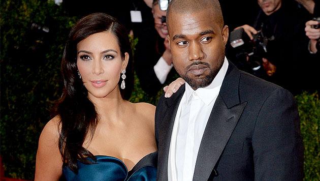 Kim Kardashian und Kanye West haben Ja gesagt (Bild: APA/EPA/JUSTIN LANE)