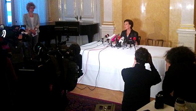 Pressekonferenz mit Bildungsministerin Gabriele Heinisch-Hosek (Bild: krone.tv/Thomas Strobl)