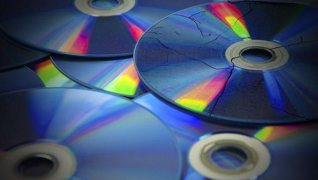 Alte CD-Sammlungen werden langsam unbrauchbar (Bild: thinkstockphotos.de, krone.tv)