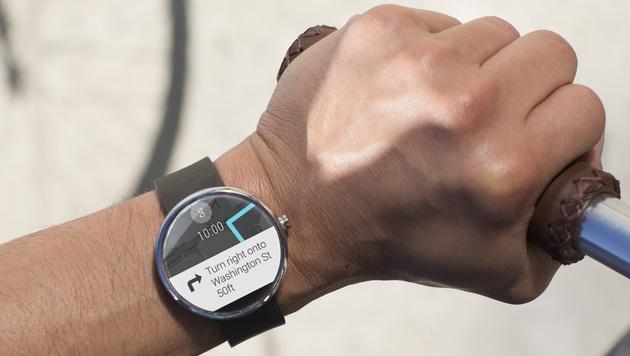 """Motorola findet Smartwatch-Konkurrenz """"beschissen"""" (Bild: Motorola)"""