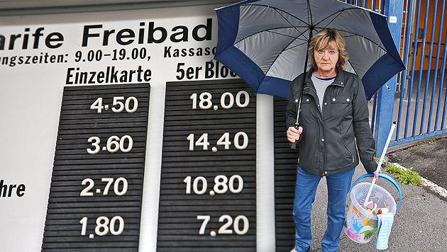Freibad forderte Eintritt nur fürs Kabine-Putzen (Bild: Christof Birbaumer, krone.at-Grafik)