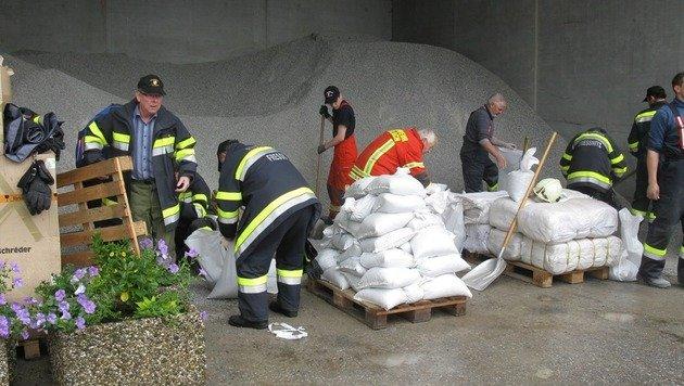 """Hochwasser: """"Das Schlimmste haben wir überstanden"""" (Bild: APA/BFVMZ)"""