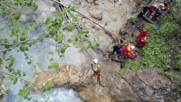 Ktn: 51-Jähriger bei Canyoning-Unfall verletzt (Bild: APA/ALPINPOLIZEI)