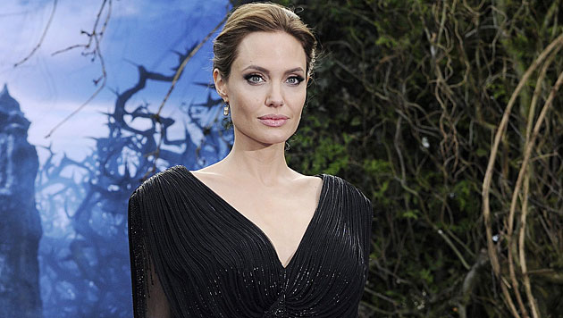 Angelina Jolie lässt sich um viel Geld jung lasern (Bild: APA/EPA/FACUNDO ARRIZABALAGA)