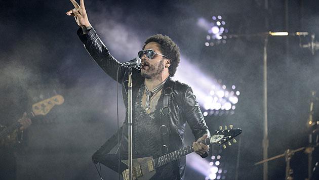 """Ist gerade erst Halbzeit"": Lenny Kravitz wird 50 (Bild: APA/EPA/ANDREW GOMBERT)"
