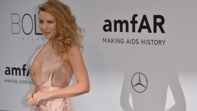 Sängerin Kylie Minogue gewohnt sexy bei der amfAR-Gala bei den Filmfestspielen in Cannes. (Bild: AFP)