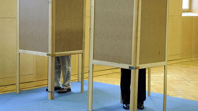 Vertrauensverlust: Das Ende der Parteien? (Bild: APA/Roland Schlager)