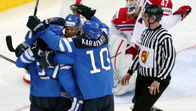 Finnland folgt Russland ins Finale (Bild: APA/EPA/ANATOLY MALTSEV)