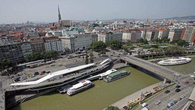 Der Abschnitt zwischen Schwedenbrücke und Morzinplatz soll neu gestaltet werden. (Bild: Reinhard Holl)