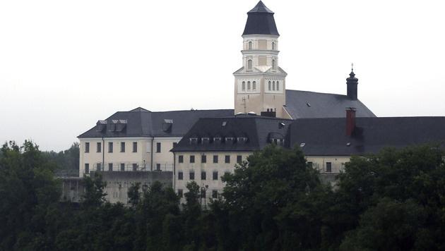 Häftling in OÖ misshandelt: Verfahren eingestellt (Bild: APA/RUBRA)