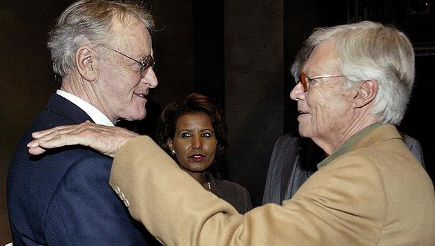 Mit Schauspielerkollege Helmuth Lohner und Gattin Almaz bei der Matinee zu seinem 75. Geburtstag (Bild: APA/Günter R. Artinger)