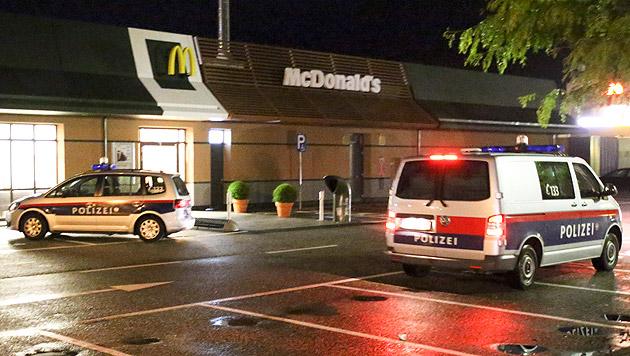 Mann bei Überfall auf Fastfood-Lokal verletzt (Bild: Daniel Scharinger)
