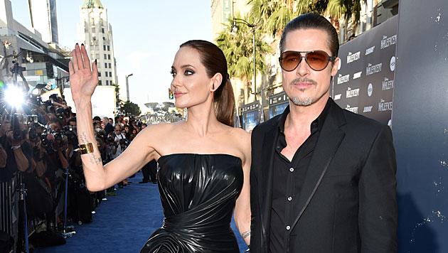 Sie sind das Glamour-Paar Hollywoods: Angelina Jolie und Brad Pitt (Bild: John Shearer/Invision/AP)