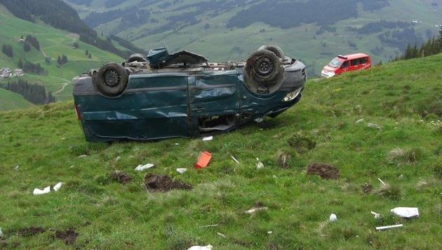 Mit Auto 150 Meter abgestürzt - Salzburger tot (Bild: Eberharter Michael)