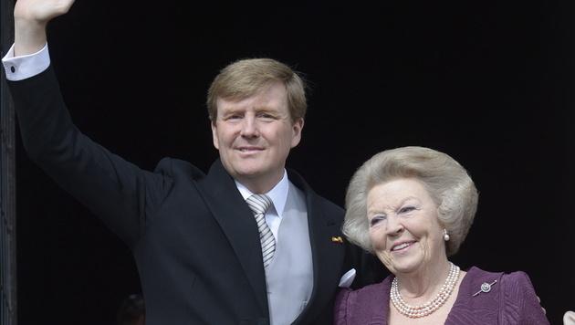 Königin Beatrix übergab im April 2013 niederländischen Thron an Sohn Willem-Alexander. (Bild: OLAF KRAAK / EPA / picturedesk.com)