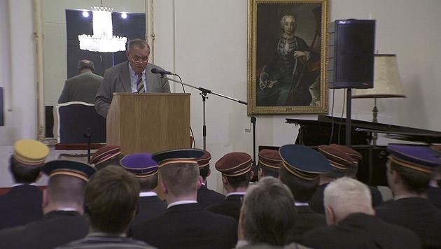 """Rund 200 Burschenschafter fanden sich im Palais Palffy zum """"Fest der Freiheit"""" ein. (Bild: krone.tv)"""
