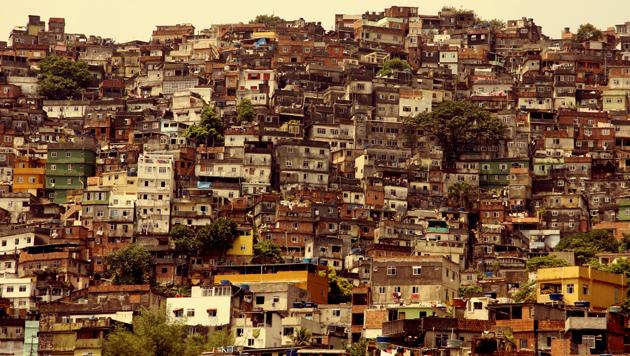 Brasilien: Vom grünen Rasen ins bunte Paradies (Bild: flickr.com/eflon)