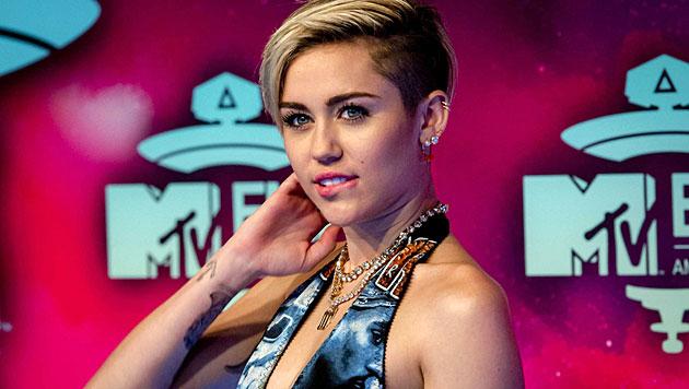Selbstmordgefahr? Freunde in Sorge um Miley Cyrus (Bild: EPA)