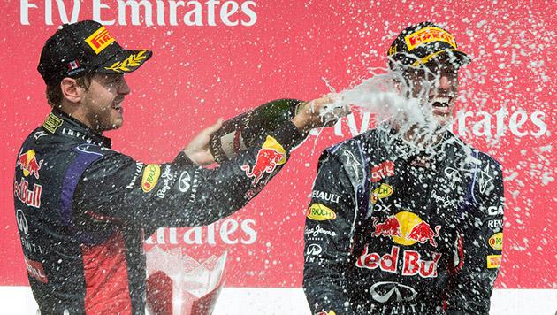 Premierensieg für Red Bulls Jungstar Ricciardo (Bild: AP)