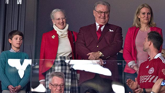 Endlich mögen ihn die Dänen: Prinz Henrik wird 80 (Bild: APA/EPA/CLAUS FISKER)