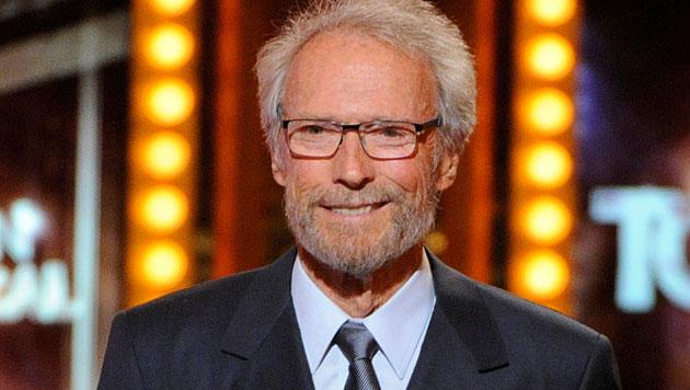 Clint Eastwood mit 84 Jahren frisch verliebt (Bild: Evan Agostini/Invision/AP)