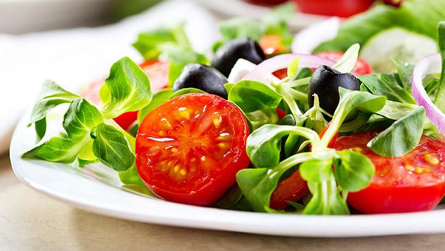 Schnittsalate werden öfter gekauft, Biokost wird immer beliebter. (Bild: thinkstockphotos.de)