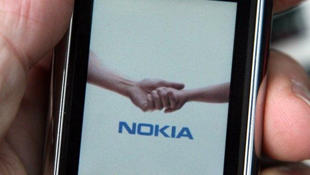 Nokia zahlte Millionen Euro an Symbian-Erpresser (Bild: dpa/Franz-Peter Tschauner)
