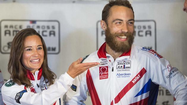 Pippa Middleton mit ihrem Bruder James, mit dem sie das Rennen bestritt (Bild: APA/EPA/DREW ANGERER)