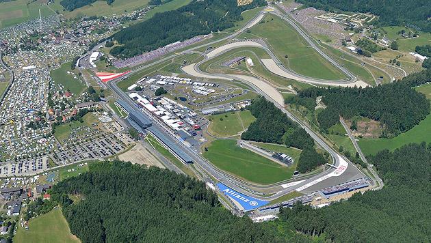 Rosberg gewinnt Österreich-Grand-Prix vor Hamilton (Bild: APA/EPA/HARALD SCHNEIDER)