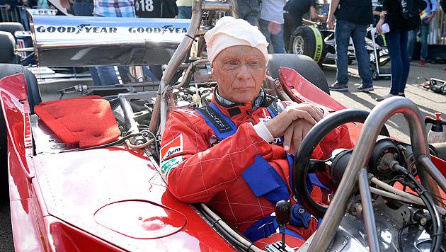 Bei der Legendenparade durfte Niki Lauda nicht fehlen. (Bild: APA/HANS KLAUS TECHT)