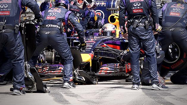 Pleiten, Pech und Pannen: Vettel am Tiefpunkt (Bild: APA/EPA-POOL/HANS KLAUS TECHT)